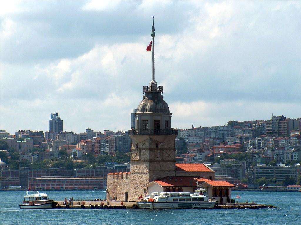 Болгарія скасувала ПЛР-тести для українців через ультиматум туроператорів