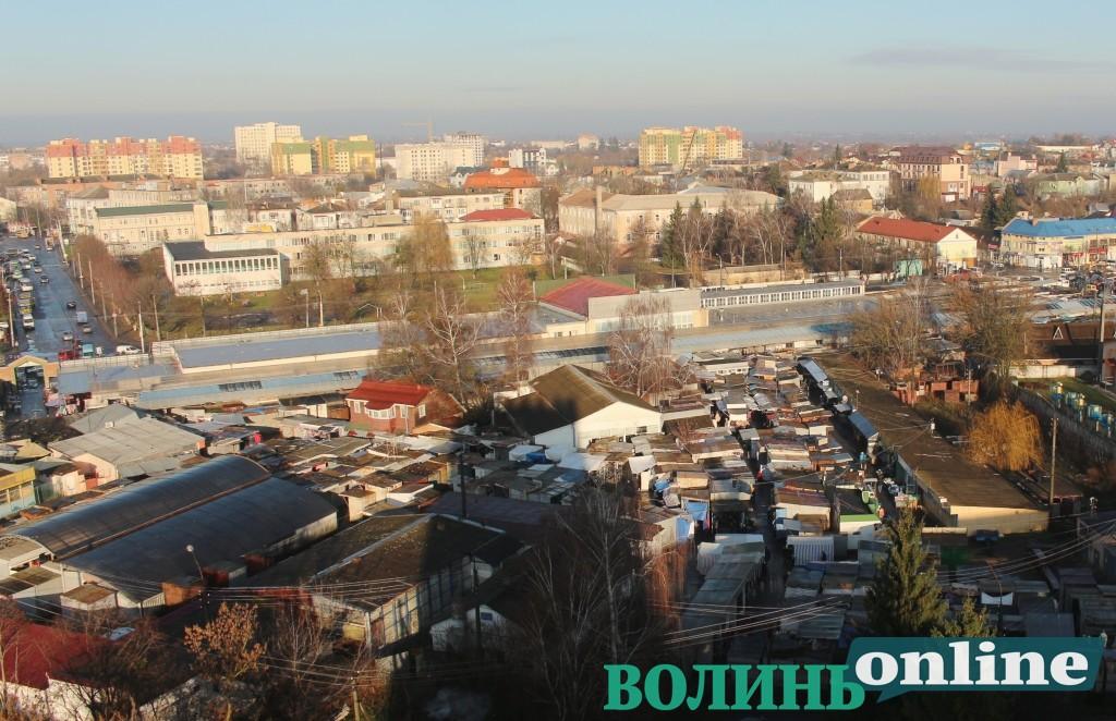 Депутати Луцькради відмовили облспоживспілці в оренді ділянки «Центрального» ринку