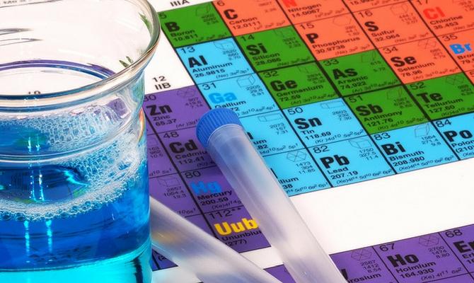 У місті на Волині двоє випускників отримали максимальні 200 балів за результатами ЗНО з хімії