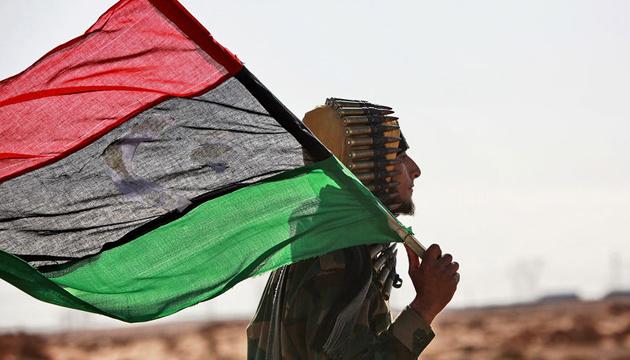 Німеччина, Франція й Італія припускають санкції проти країн, які постачають зброю до Лівії
