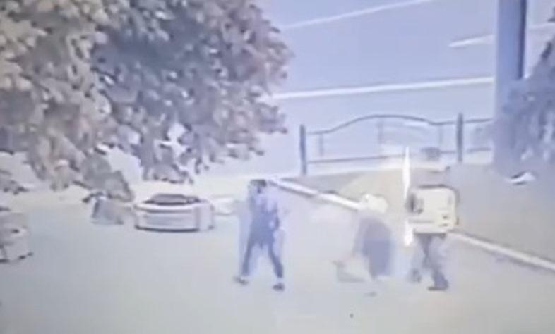 Показали, як луцький терорист випустив перших трьох заручників