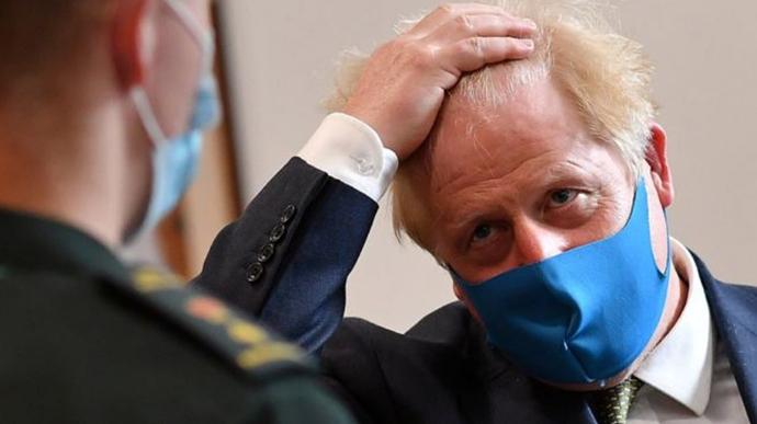 Джонсон проти локдауну для Британії у разі нової хвилі коронавірусу