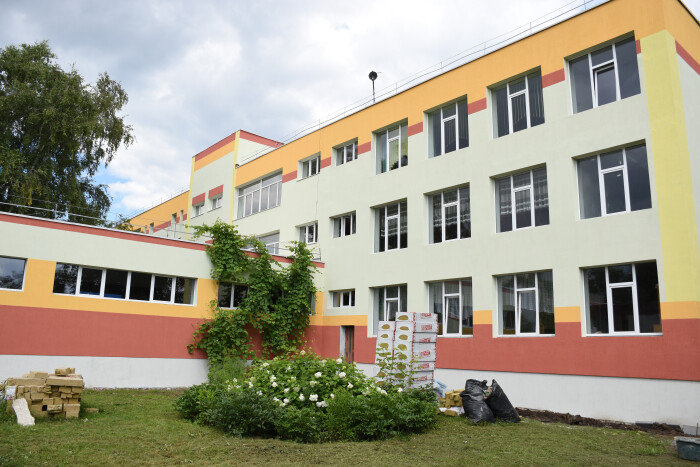 У Луцьку ремонтують школу у мікрорайоні Вересневе