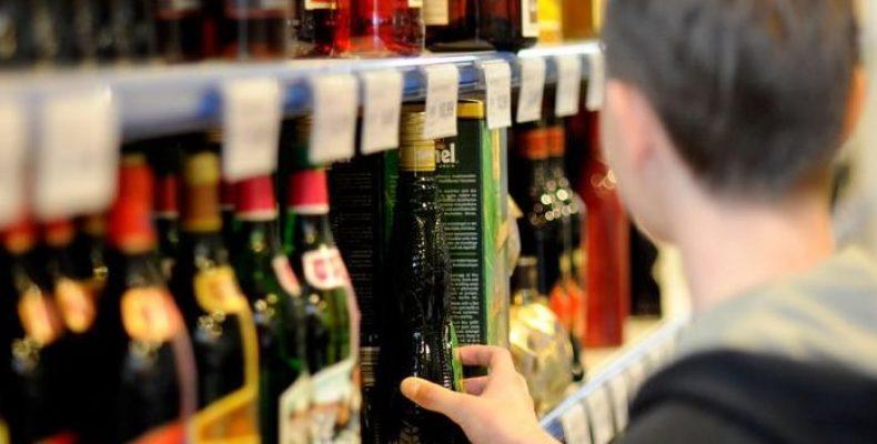 На Волині фіксують порушення у сфері продажу алкоголю та тютюну