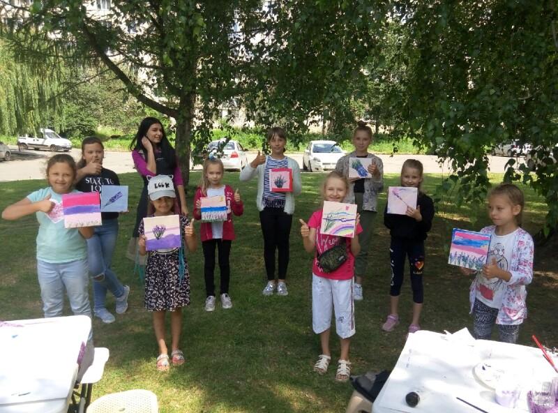 У Луцьку організували майстер-клас з живопису для дітей з сімей учасників АТО