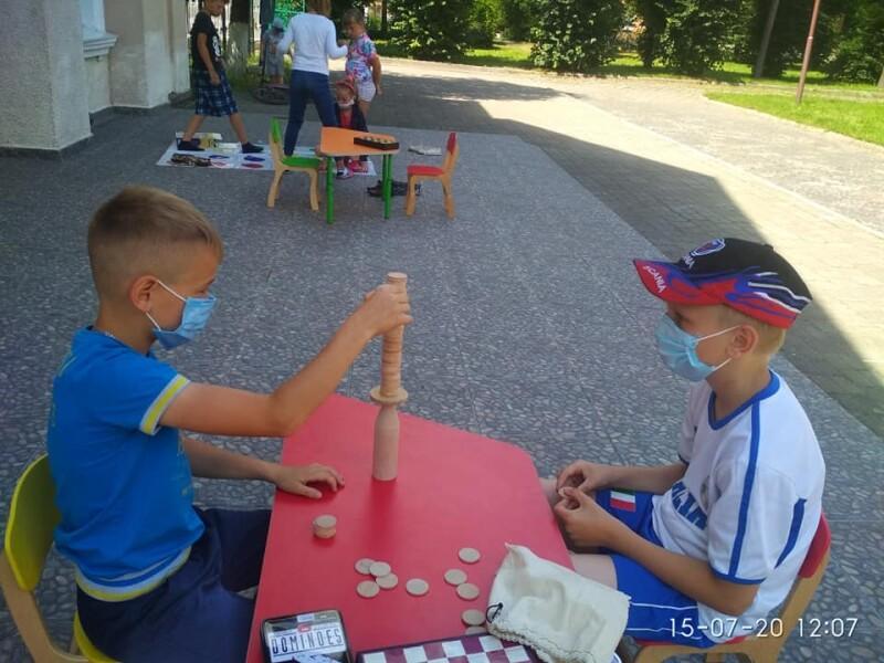 В одному з мікрорайонів Луцька триває проект організації дозвілля дітей