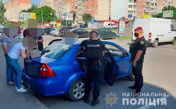 Поліцейські затримали лучанина за збут психотропних речовин