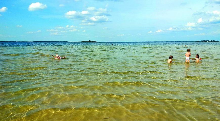 На Шацьких озерах дозволяють діяльність закладів відпочинку