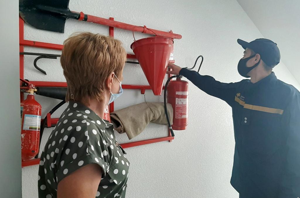 На Волині рятувальники перевіряють навчальні заклади