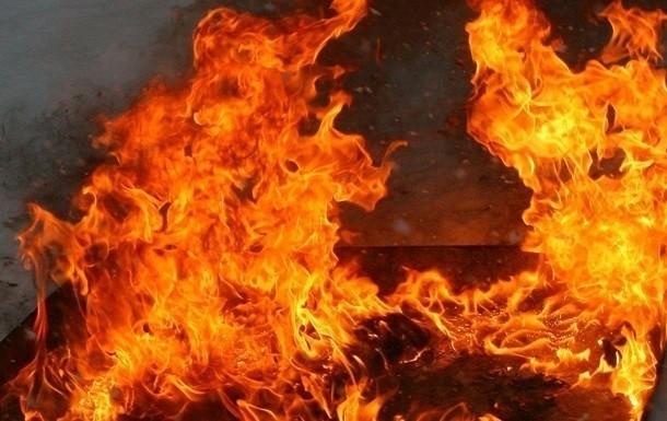 На Волині ліквідували пожежі авто та господарської споруди