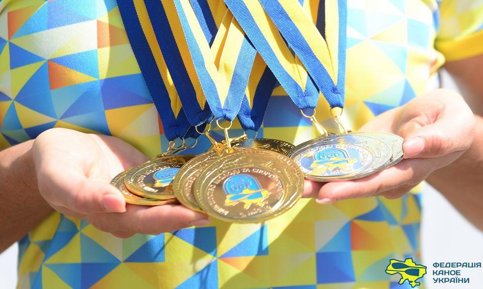 Волинські спортсмени здобули 10 золотих медалей у чемпіонаті України з веслування на байдарках та каное