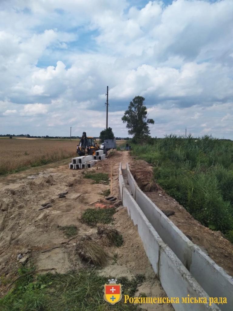 У місті на Волині завершують ремонт на полях фільтрації