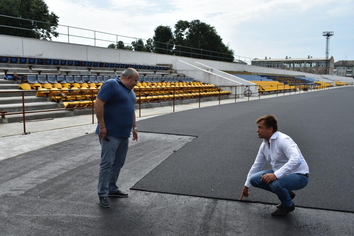 У Нововолинську триває реконструкція міського стадіону