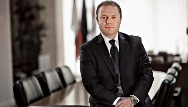 Екс-прем'єра Мальти допитали через вбивство журналістки