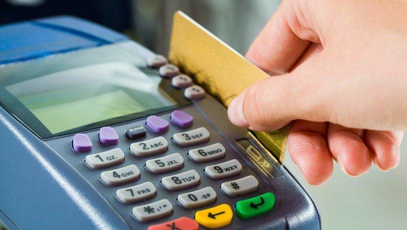 У Луцьку у маршрутках та тролейбусах тепер можна розраховуватися банківськими картками