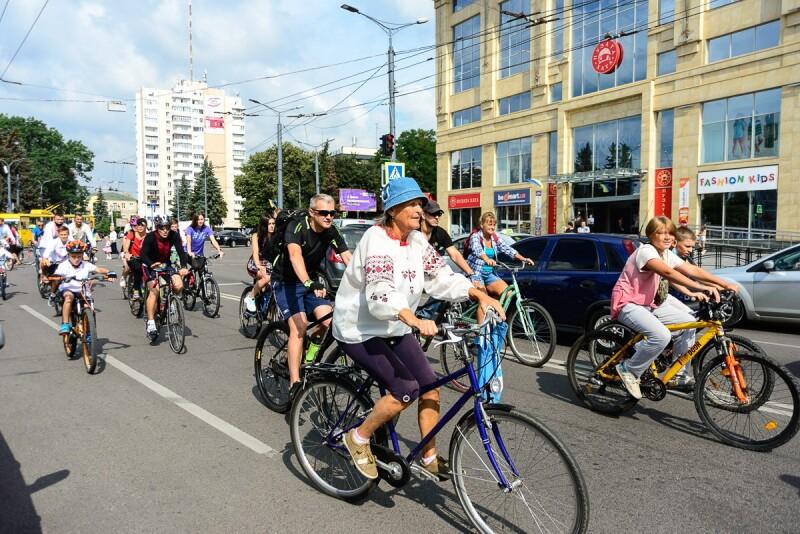 У Луцьку відбувся велопробіг з нагоди річниці Незалежності України
