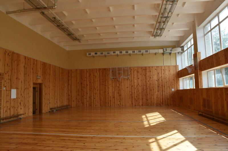 У Луцьку проінспектували ремонт спортзалу школи № 20