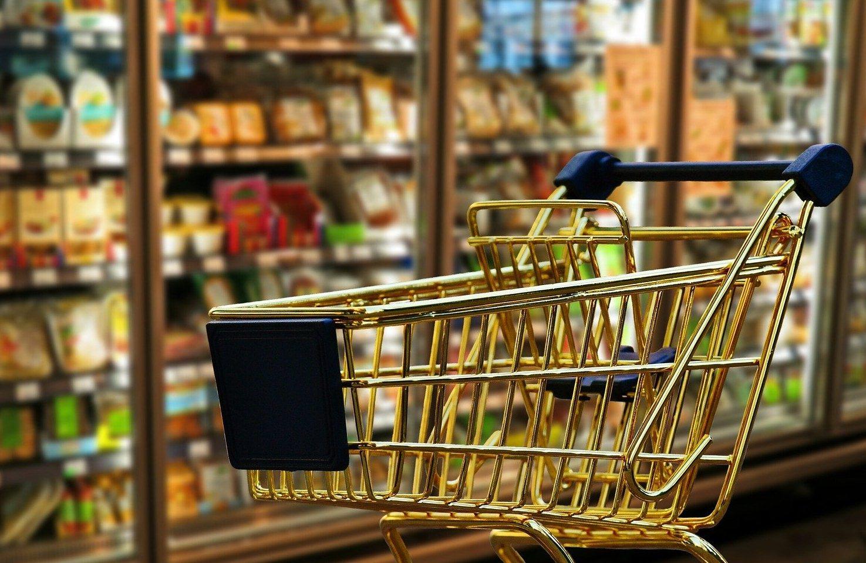 Де вночі купити продукти в Луцьку