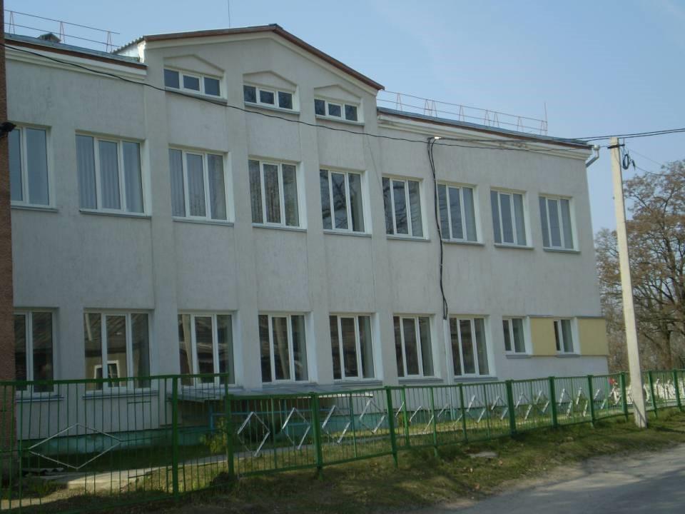 У Володимирі-Волинському затвердили мережу закладів загальної середньої освіти
