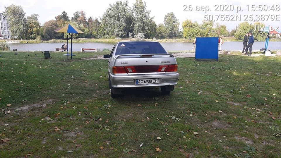 У Луцьку виявили низку порушників у сфері паркування