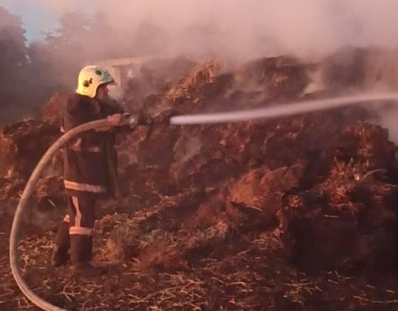 На Волині ліквідували пожежу на території підприємства