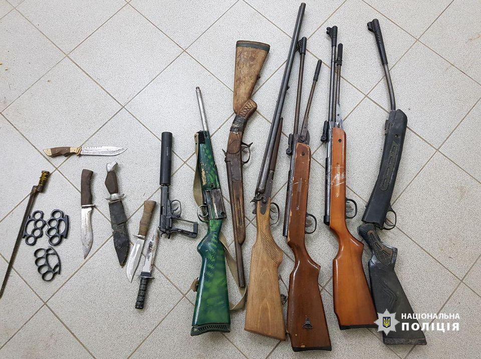 Рушниці, травмати та боєприпаси: на Волині поліція знищила зброю