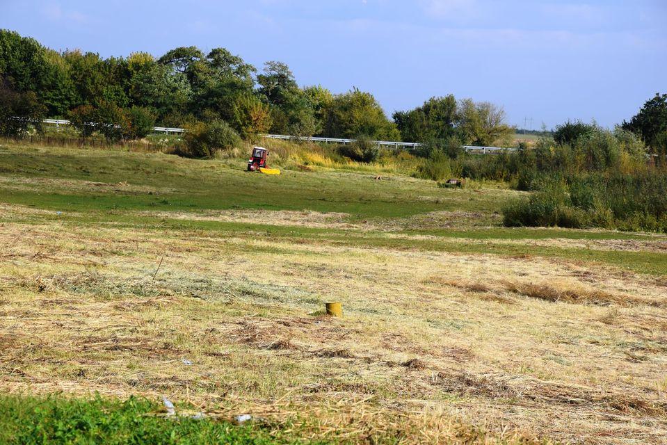 У Прилуцькому зачищають територію навколо колишнього озера