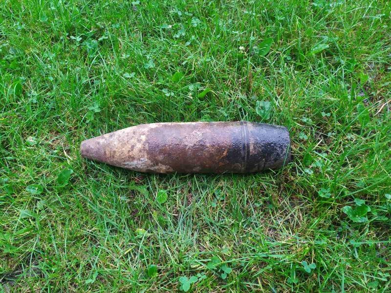 На Волині фермер виявив артилерійський снаряд часів Другої світової війни