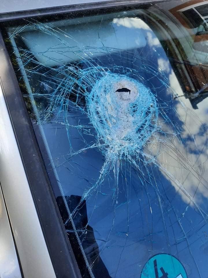 На Волині здійснили напад на автівку потенційного кандидата
