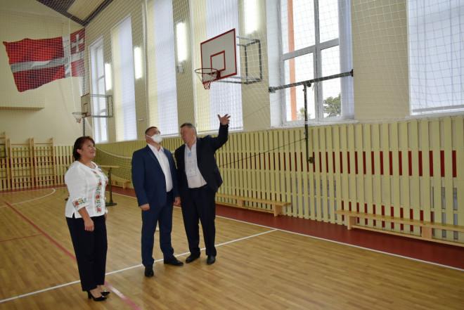 У школі на Волині 1 вересня учні зустріли в оновленій школі