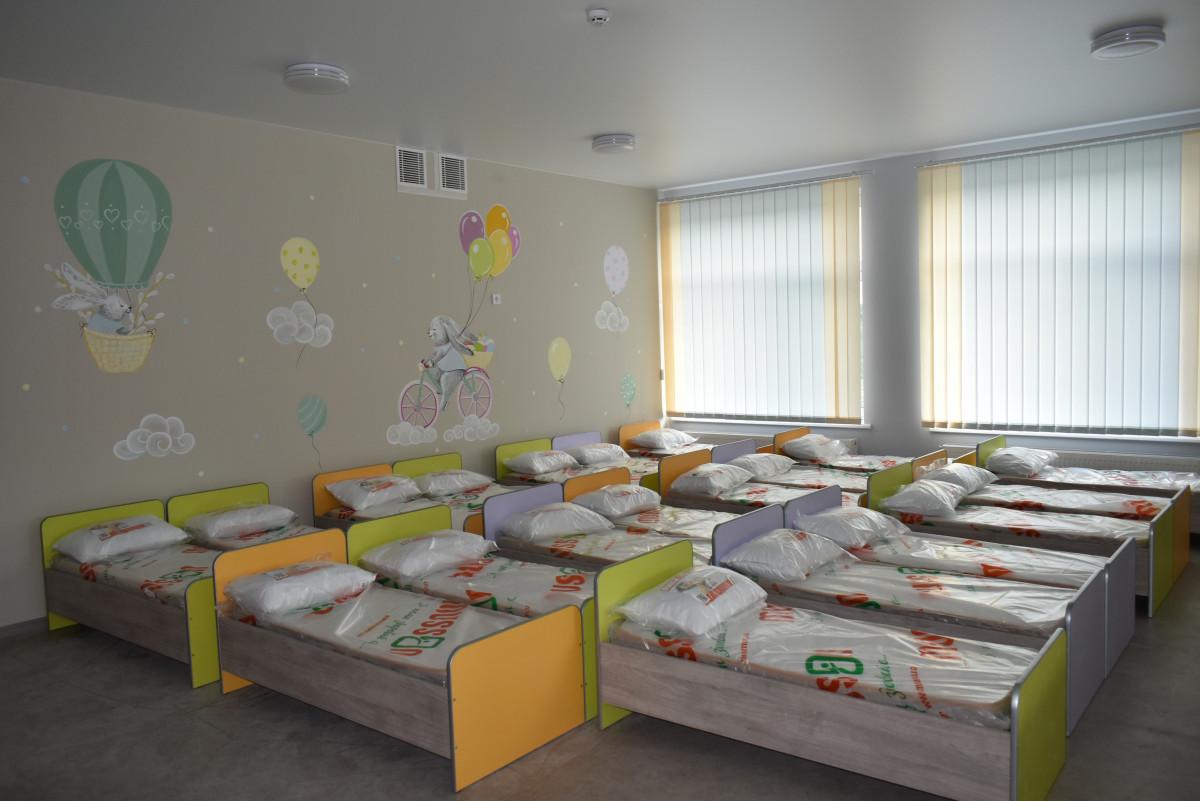 У новозбудованому дитсадку на Волині встановлюють обладнання та меблі
