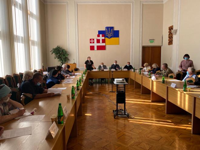 У Луцьку обговорили питання соціального захисту родин полеглих бійців АТО/ООС