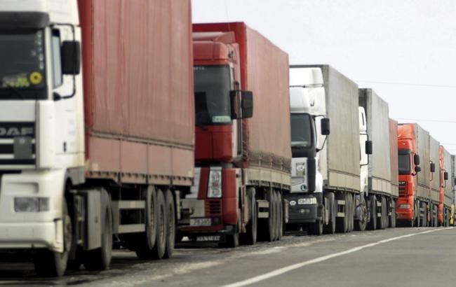 З перевізників на Волині намагаються стягнути майже 200 тисяч за проїзд дорогами великовагового транспорту