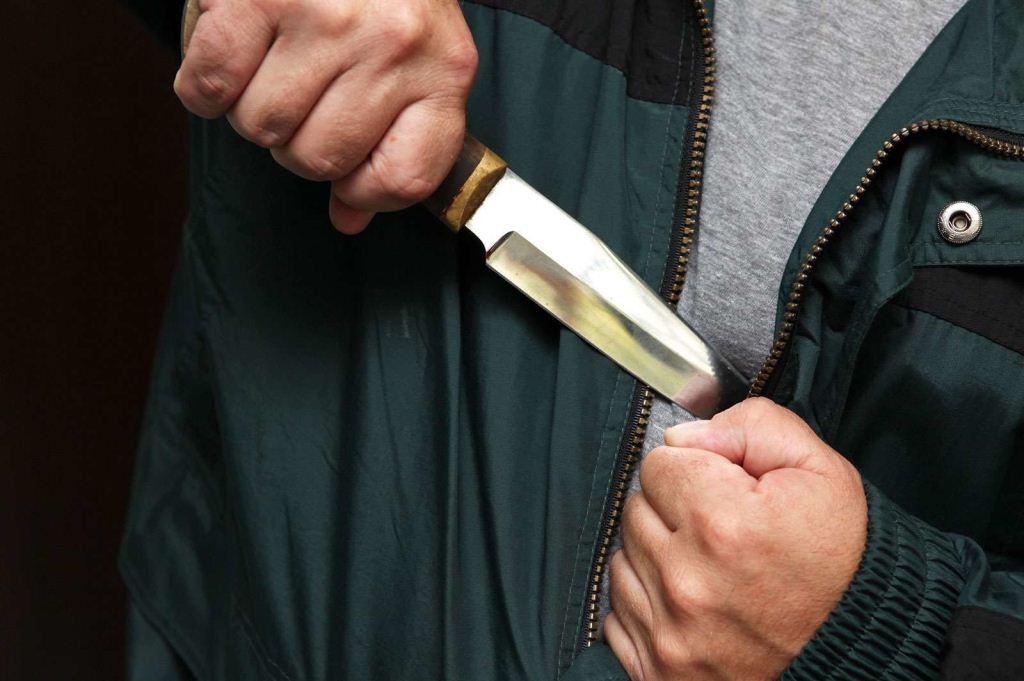 У Луцьку затримали чоловіка, який вдарив волинянина ножем