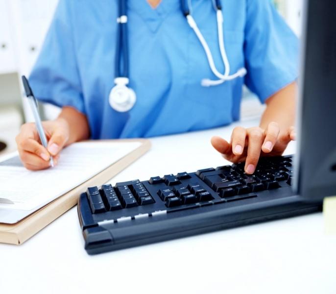 На Волині отримають півмільйона на комп'ютери для медиків