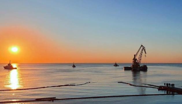 Танкер «Delfi» перемістять до порту Чорноморськ