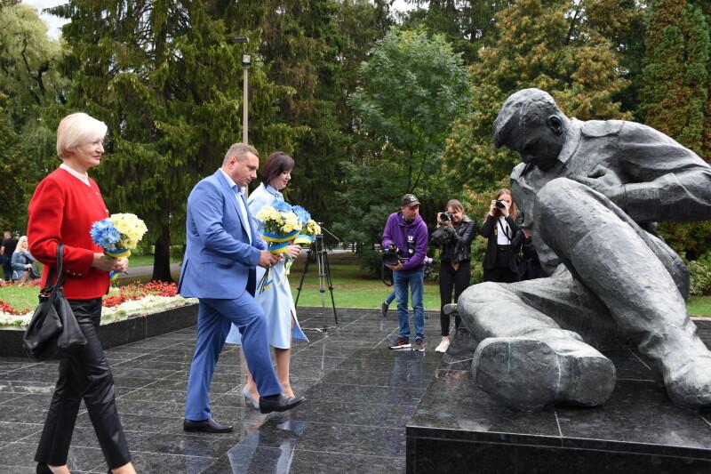 У Луцьку вшанували річницю закінчення Другої світової війни