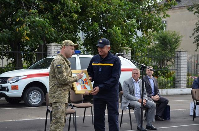 У Луцьку рятувальників вітали з професійним святом