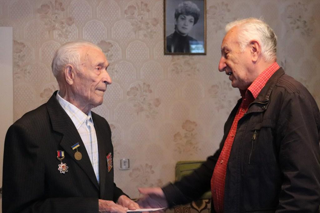На Волині привітали з 95-річчям героя-танкіста Другої світової війни