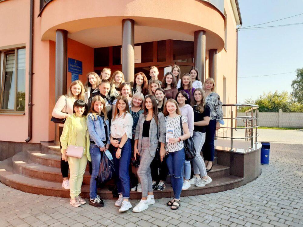 Для студентів Луцького НТУ організували екскурсію в одну з успішних ОТГ