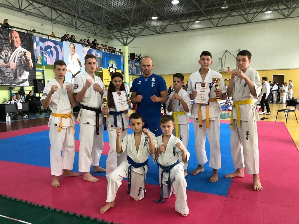 Волинські спортсмени здобули чотири медалі на Відкритому Кубку міста Львова з кіокушинкай карате