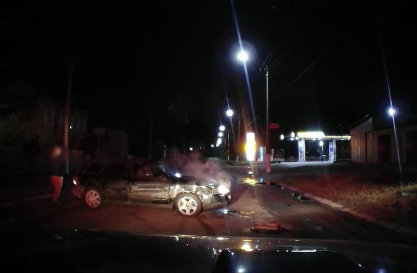 На Волині встановили особу водія, який врізався в авто поліцейських