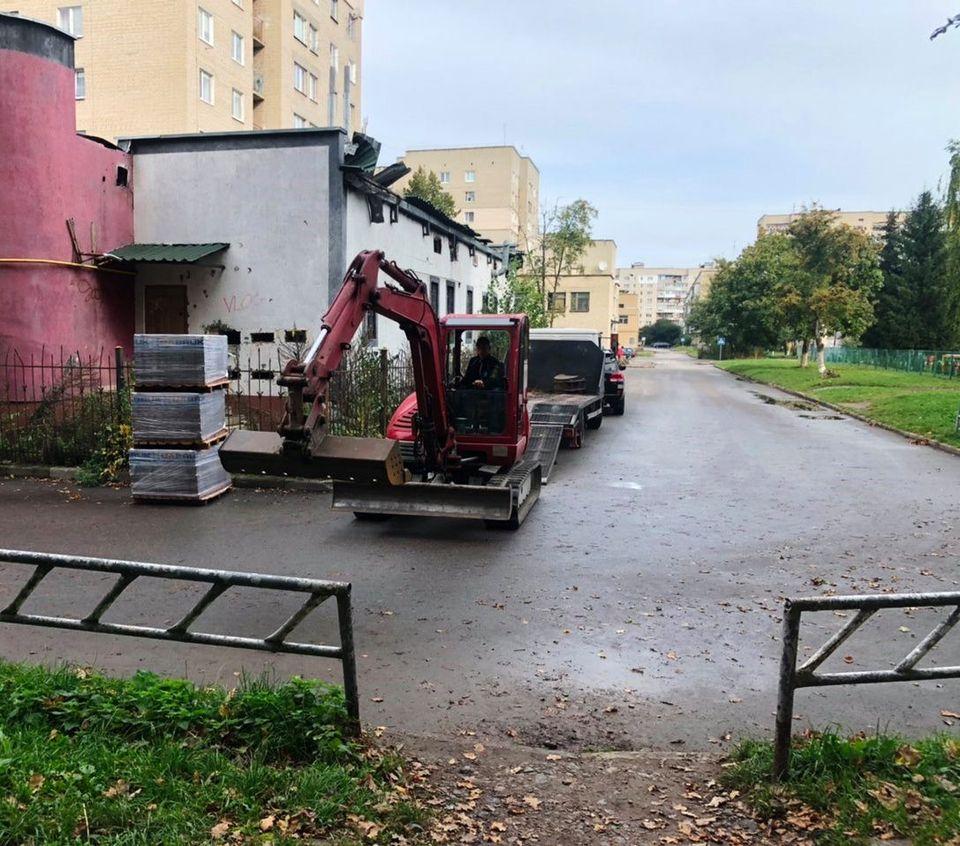 У мікрорайоні ЛПЗ у Луцьку розпочали реконструкцію скверу