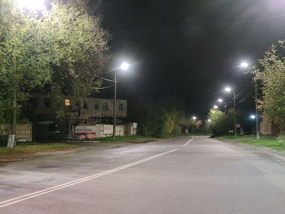 У Луцьку завершують облаштування LED-освітлення на одній з магістральних вулиць