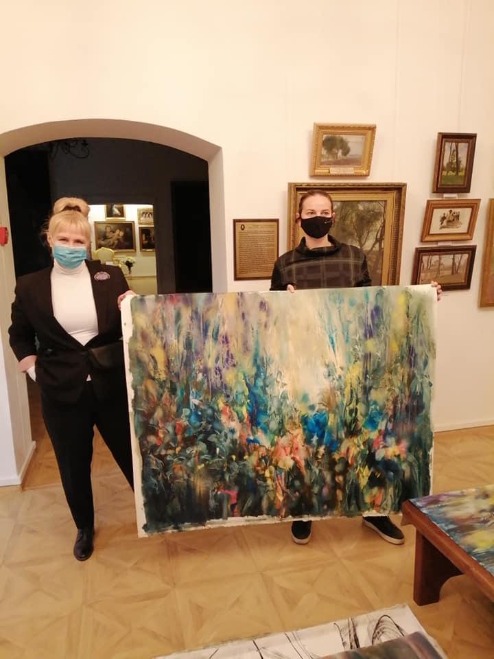 Художній музей у Луцьку отримав в подарунок картини