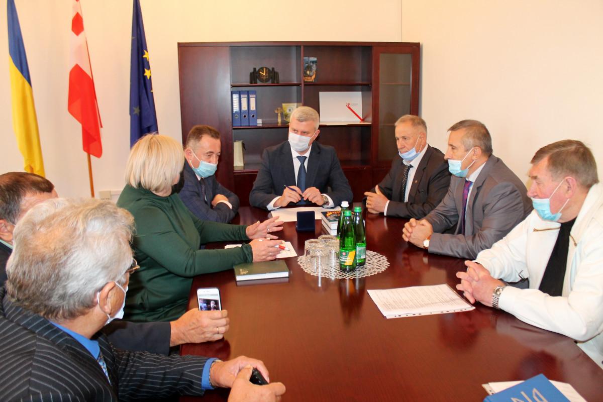 У Волинській ОДА обговорювали проблеми чорнобильців
