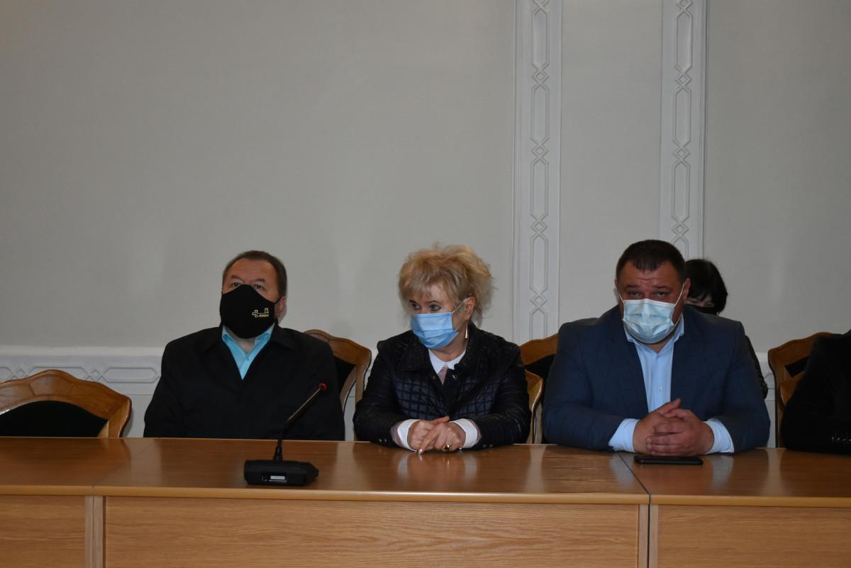 Частина колективу Луцького пологового будинку працюватиме в новому інфекційному шпиталі