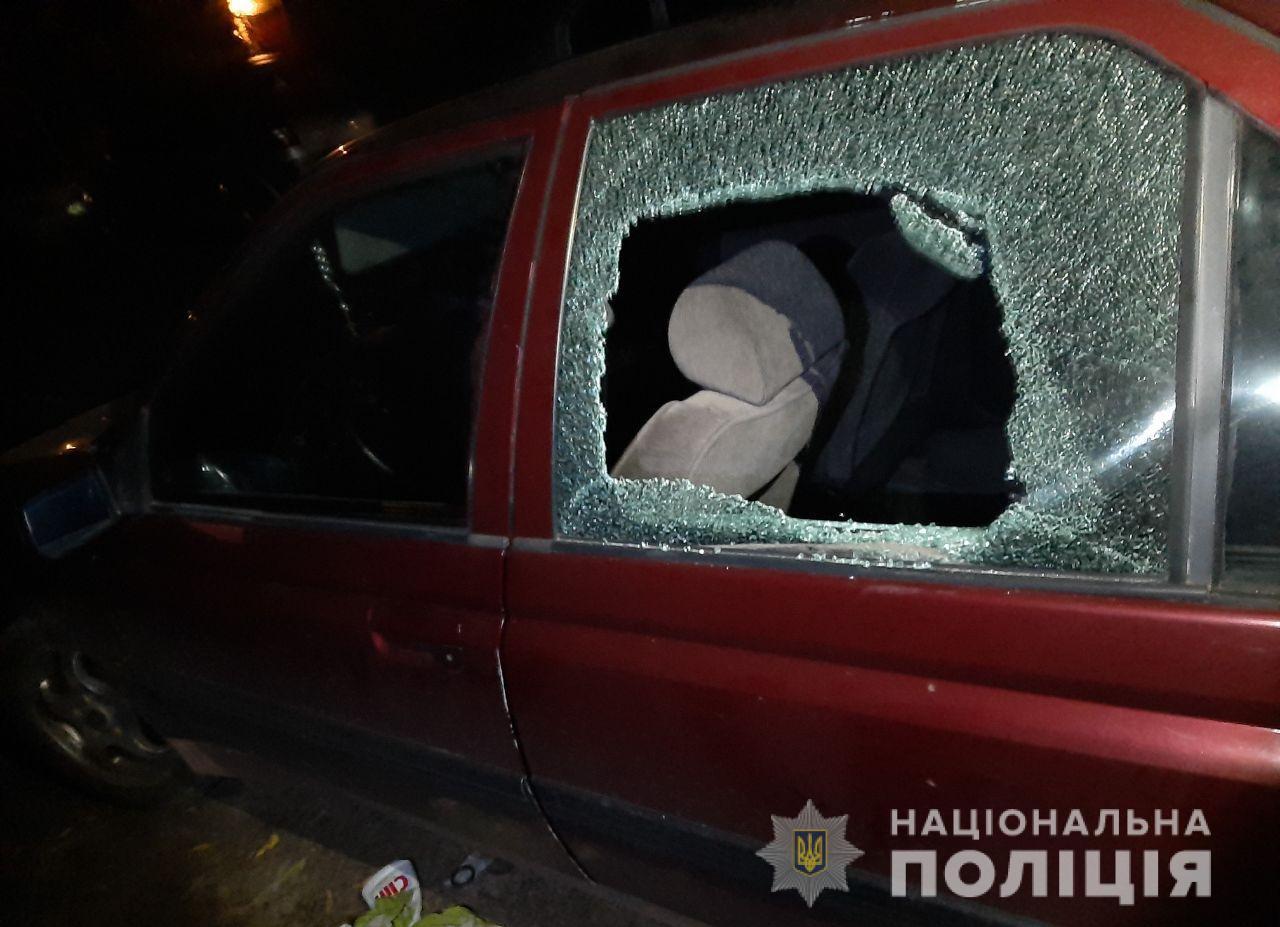 Затримали лучанина, який за ніч вчинив п'ять крадіжок з авто