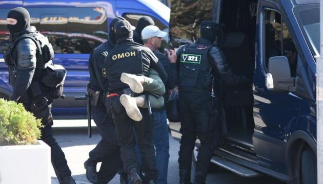 МВС Білорусі заявляє про затримання вчора понад 580 протестувальників