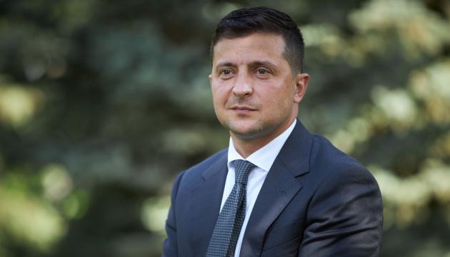 Зеленський озвучив питання номер два: економічна зона для Донбасу